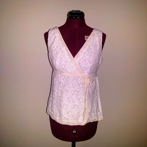 Ann Taylor Sleeveless Lace Top Side Zip V-Neck